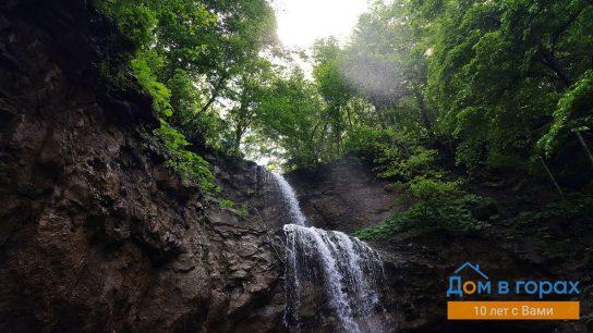 1 Хадыженский 25-метровый водопад (1)