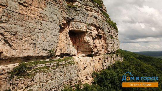 1 Орлиные полки в скале над Мезмаем (4)