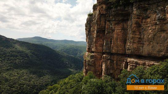 1 Орлиные полки в скале над Мезмаем (5)