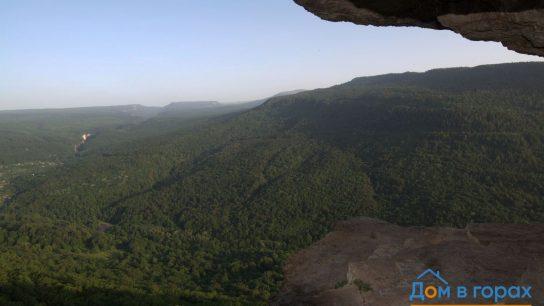 1 Орлиные полки в скале над Мезмаем (7)